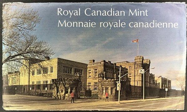 PL set Canada envelope
